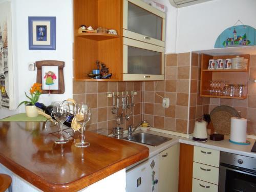 Old town apartment Dino, 21300 Makarska