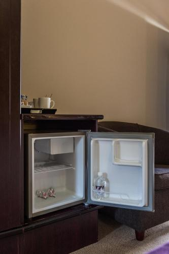 Villa Bali Luxury Guesthouse Guesthouse Bed And Breakfast Bloemfontein Deals Photos Reviews