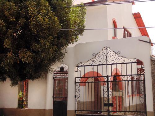Llama�s House