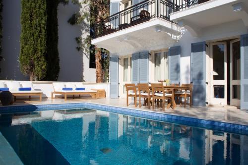 Akamantos Avenue, Latchi, 8852 Neo Chorio, Cyprus.
