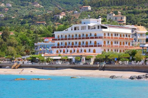 . Hotel Ristorante La Tartaruga
