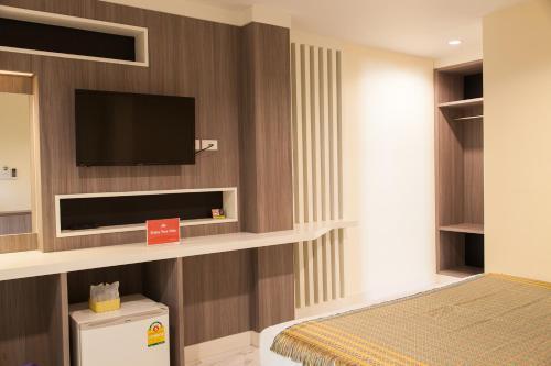 ZEN Rooms Samsen 3 photo 2