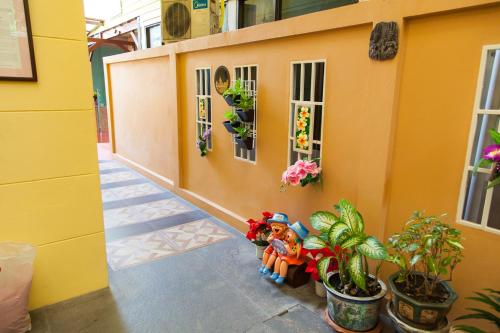 ZEN Rooms Samsen 3 photo 19