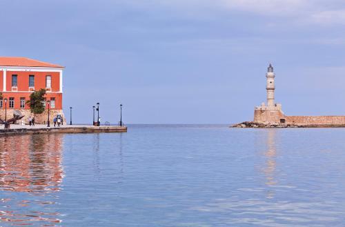 Akti Kountourioti 41, 73131, Chania, Crete, Greece.