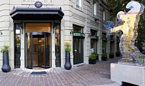 . Hotel Moderno