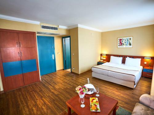 Istanbul Feronya Hotel fiyat