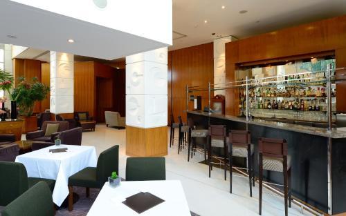 Canary Riverside Plaza Hotel photo 48