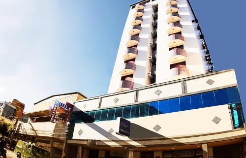 . Vind's Plaza Hotel