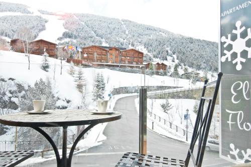 Фото отеля Apartaments El Floc