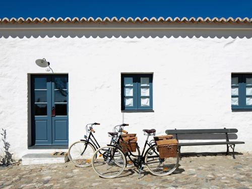 7200-177 Monsaraz, Alentejo, Portugal.