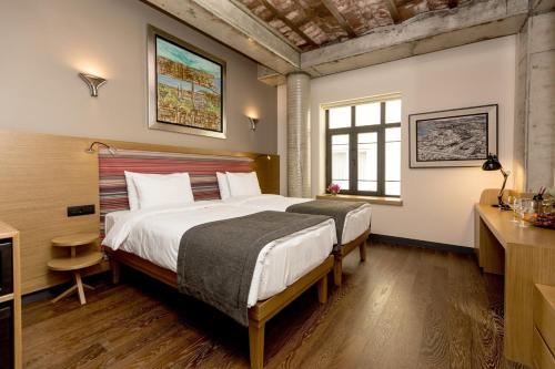 Bankerhan Hotel - 25 of 148