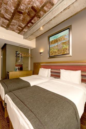 Bankerhan Hotel - 31 of 148