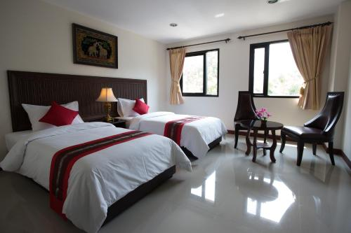 True Siam Rangnam Hotel photo 12