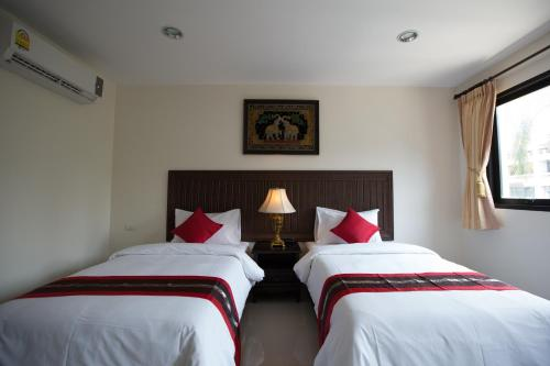True Siam Rangnam Hotel photo 17