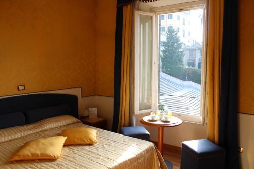 Фото отеля iH Hotels Piazza di Spagna View - Luxury Guest House
