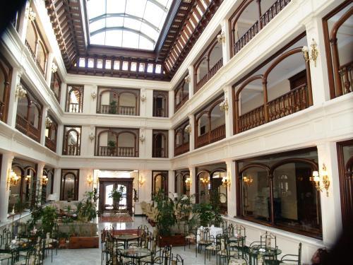 Hotel Don Pío 70