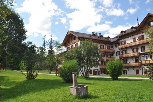 Villaggio Turistico Ploner - Accommodation - Carbonin