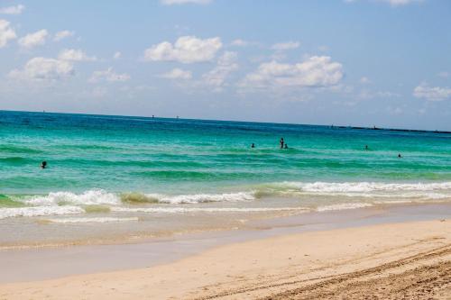 Sage On Ocean Drive Apartments - Miami Beach, FL 33139