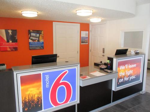 Motel 6 Butte - Historic City Center - Butte, MT 59701