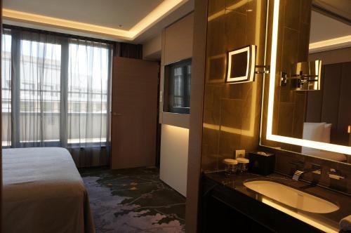 Tangla Hotel Brussels photo 37