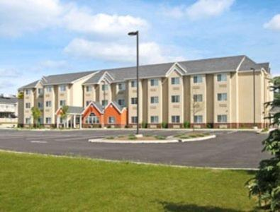 Microtel Inn&Suites - Hotel - Dickson City