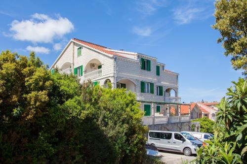 . Apartments Chiara