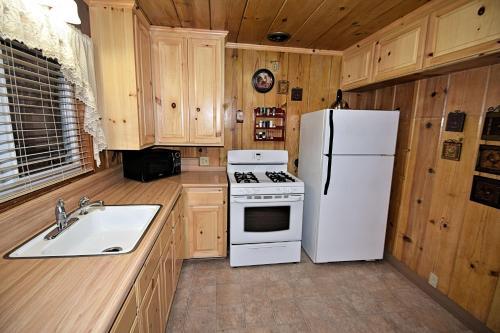 Fun Cabin Rentals - Twain Harte, CA 95383