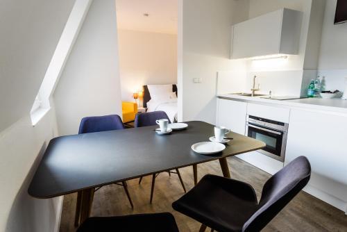 . Apartmenthaus Königsallee