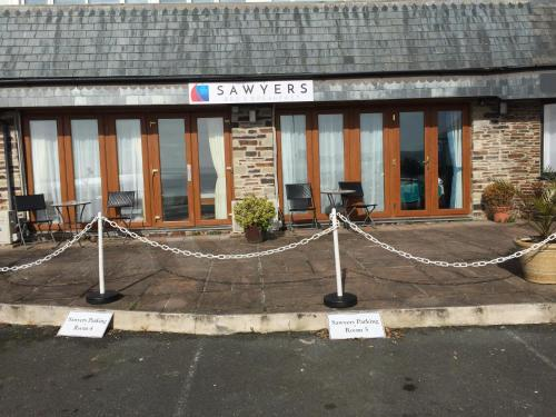 Sawyers Bed And Breakfast, East Looe, Cornwall