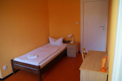 Happy go Lucky Hotel + Hostel photo 43