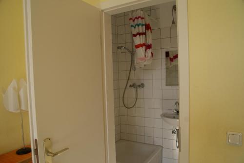Happy go Lucky Hotel + Hostel photo 49