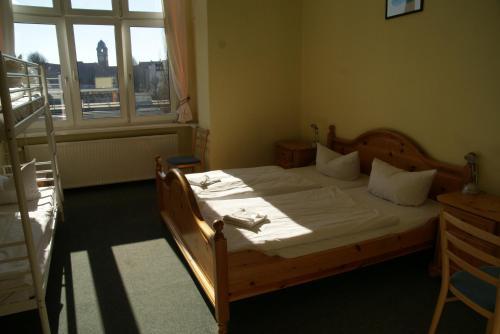 Happy go Lucky Hotel + Hostel photo 51
