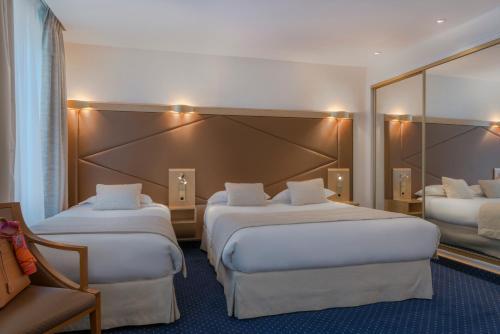 Atlantic Hotel photo 27