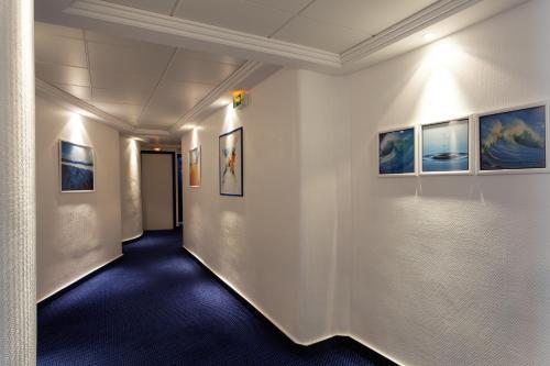 Atlantic Hotel photo 39