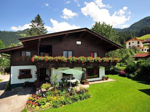 Haus Jochblick Familie Loinger - Accommodation - Itter