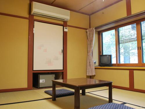 和室 1人部屋 (Japanese-Style Single Room)