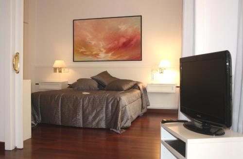 Apartamento Suites Pedralbes Barcelona photo 10