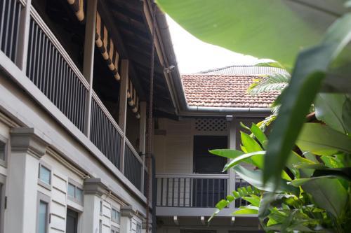 77 Lebuh Muntri, 10200 George Town, Malaysia.