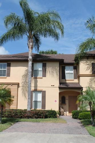 Home Away From Home - Davenport, FL 33897