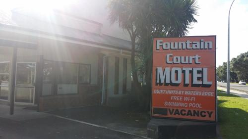 Fountain Court Motel