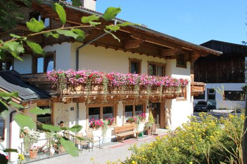 Forsthof - Bed and Breakfast St. Johann i.Po.-Alpendorf