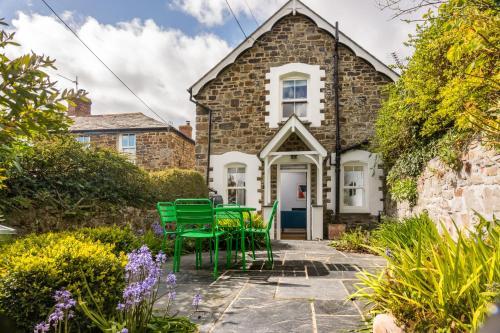 Escallonia Cottage, Bude, Cornwall