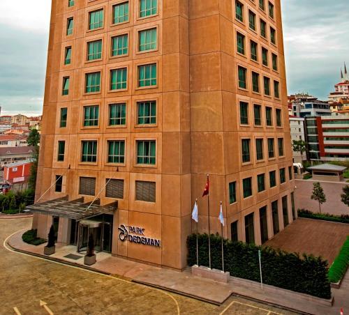 Istanbul Park Dedeman Bostanci Hotel adres