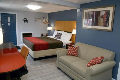 . South T Motel