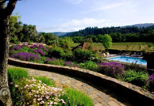 1152 Lodi Lane, St. Helena, California 94574, United States.