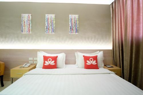 ZEN Premium Binondo Manila Oda fotoğrafları