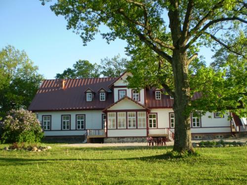 __{offers.Best_flights}__ Kursi Hunting Manor