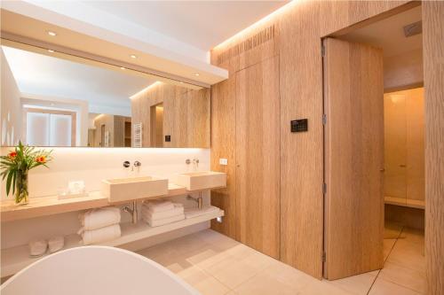 Luxury Suite Convent de la Missio 10
