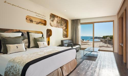 Junior Suite with Sea View (Covid-19 Medical Insurance Included)