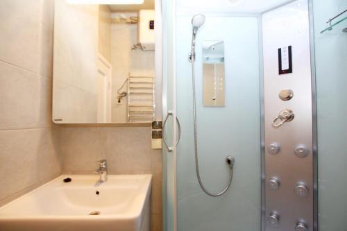 TVST Apartment Nizhnaya - image 10